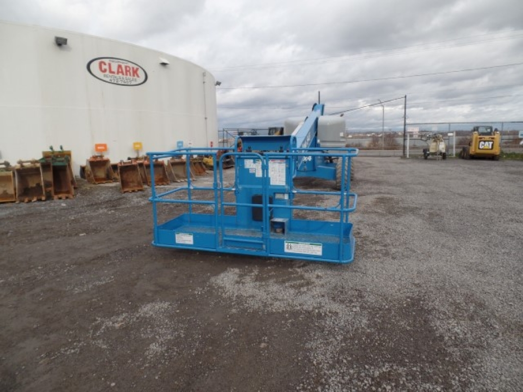boomlift-construction-equipment-genie-s45-2
