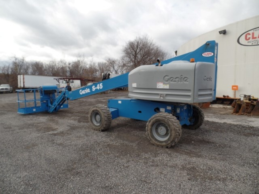 boomlift-construction-equipment-genie-s45-7