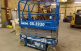 scissor-lift-construction-equipment-genie-gs1930-1
